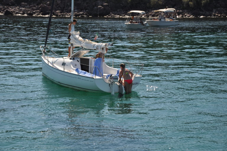 esperienza in barca a vela a Sant'Antioco