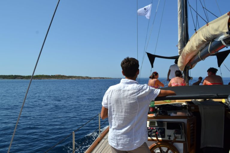 gite in barca a vela a sant'antioco e san pietro