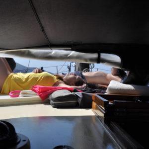 comfort a bordo durante una crociera in barca a vela